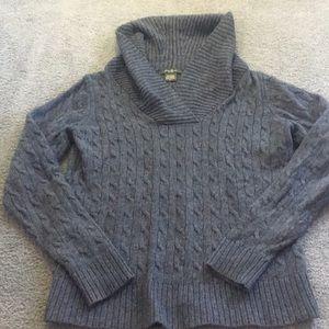 Cozy grey Eddie Bauer sweater. M